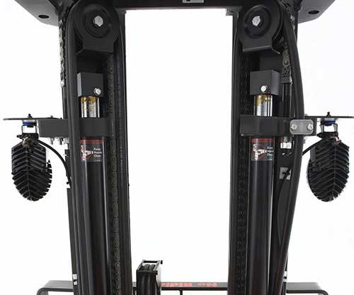 Raymond electric sit down and stand up counterbalance lift trucks have superior durability