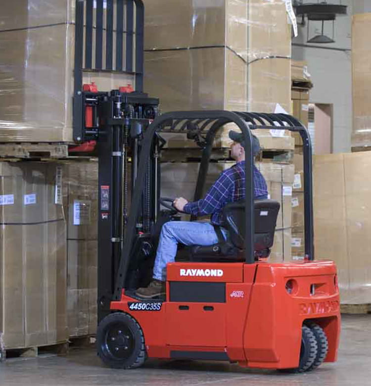 Raymond electric sit down and stand up counterbalance forklifts and 4000 series counterbalanced lift trucks
