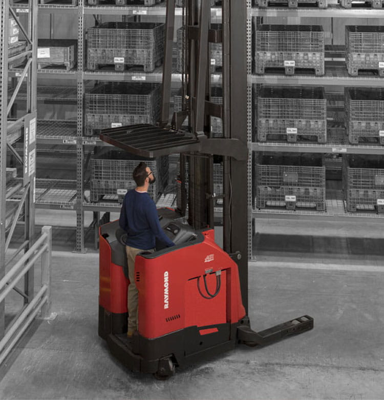 Raymond electric reach fork trucks and 7000 series reach lift trucks