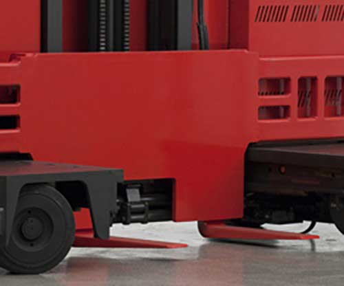 Raymond electric side loader lift trucks have excellent versatility