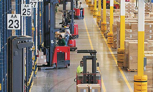 iWAREHOUSE offers comprehensive telematics and fleet management software for any powered industrial vehicle fleet size or mix