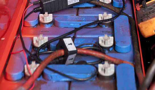 Improve your industrial battery performance with battery monitoring services from Pengate