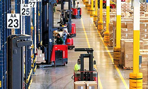 Forklift operators complete work using lift trucks equipped with iWAREHOUSE fleet management system