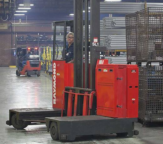 Raymond Sideloader long load forklift with powersteering