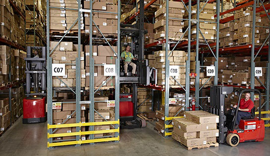 Raymond 9000 Series Swing Reach Truck End of Aisle Slowdown Feature