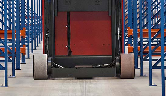 Raymond 9000 Series Swing Reach Truck with Wire Guidance